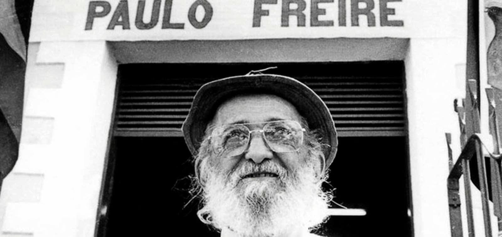 PAULO FREIRE LIBROS 3